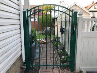 Arched aluminum gate in Union Township, NJ